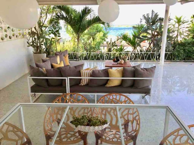 Patio outdoor lounge area with majestic view!!