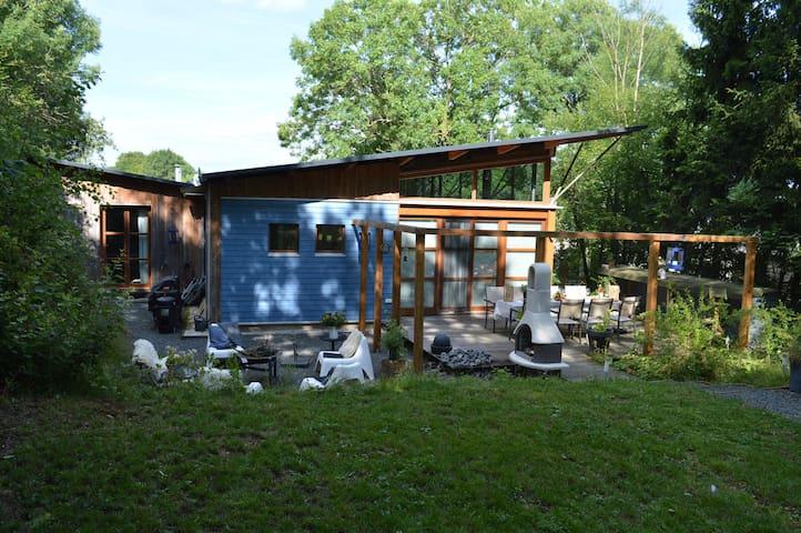 Das Blaue Haus, Eschfeld, de Eifel