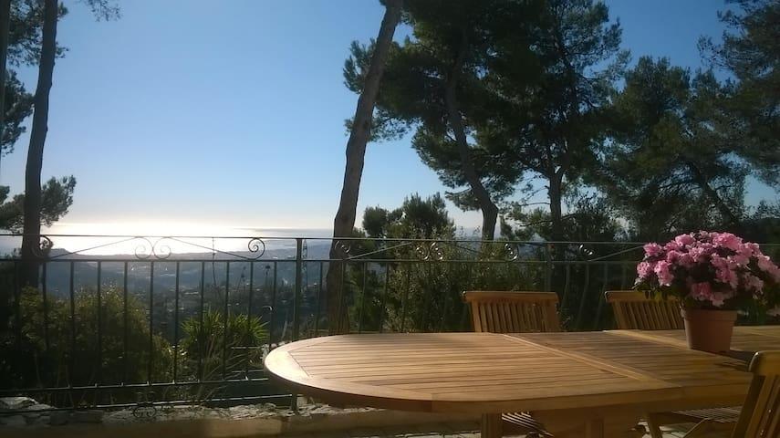 3p neuf, hauteur de Nice vue sur la Baie des Anges - NICE - Apartament