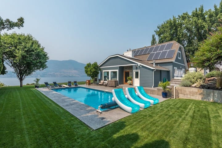 Infinity Resort - Pool and Million dollar views