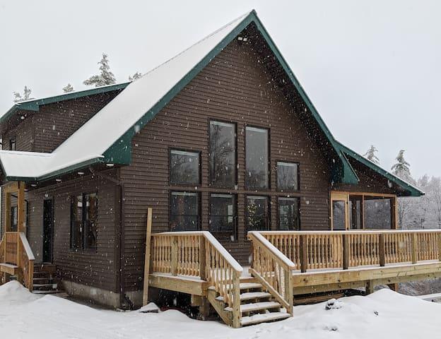 Newly Built!  Adirondack Retreat