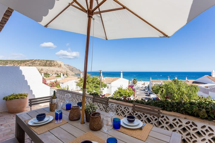 CoolHouses Algarve Luz 3 Bed townhouse, amazing sea view, Casa da Ortiga (34241/AL)