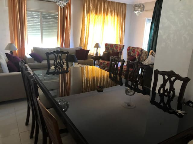 Large and private apartment in modern Amman