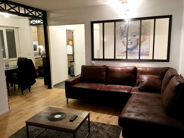 Appartement style loft proche RER B