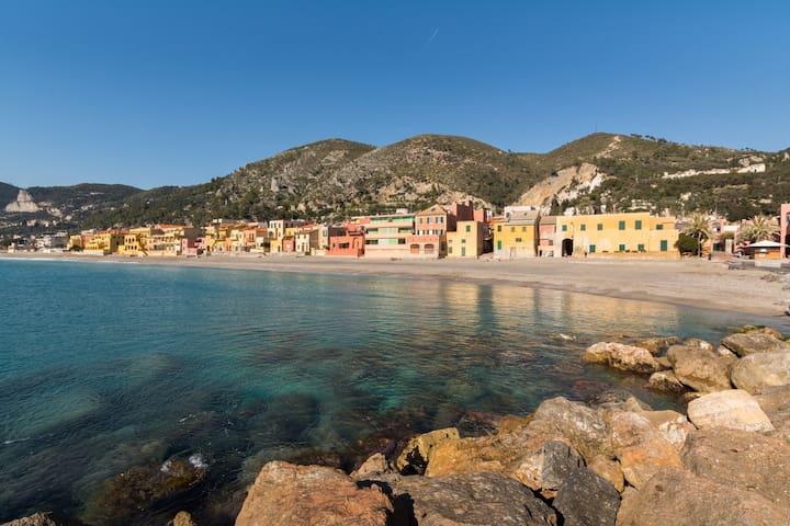 Appartamento al mare a Varigotti