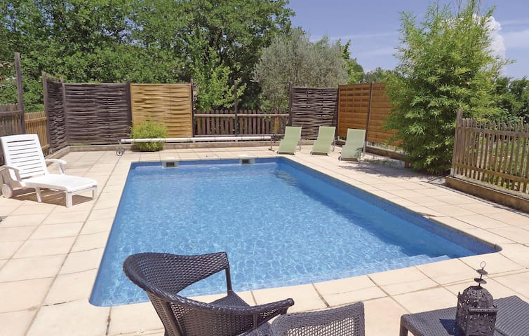 Holiday cottage with 3 bedrooms on 110 m² in St. Nazaire