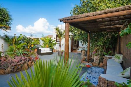Finca Botanico - Garden Apartment - Guatiza - Daire