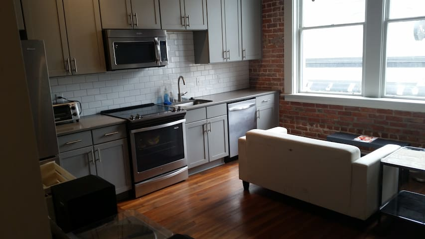 RARE Loft Apartment In The Heart of Downtown