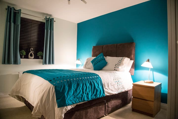 Private En-Suite Double Bedroom for 1 or Couples