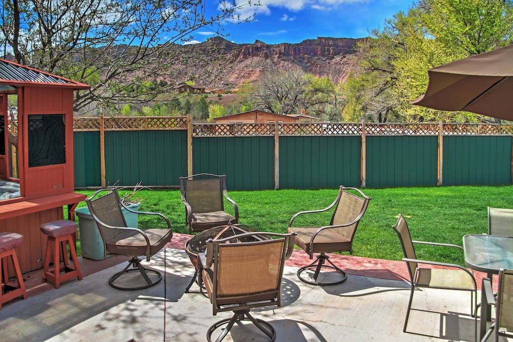 Let 'Creekside Cottage' serve as your ultimate home-away-from-home during your time in Moab, Utah!