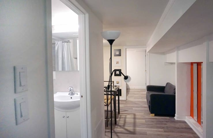 PRIVATE Fully-Furnished Bright Basement Apartment!