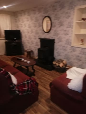 Cosy cottage wolfton Street killmalock co limerick