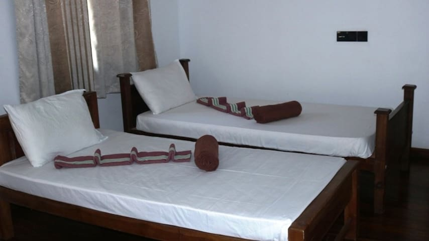 Deluxe Double Rooms at Birds Paradise Hotel