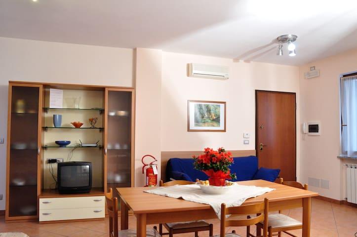 B&B CASA VACANZE SAN ROCCO - ASTI CENTRO - Asti - Apartamento