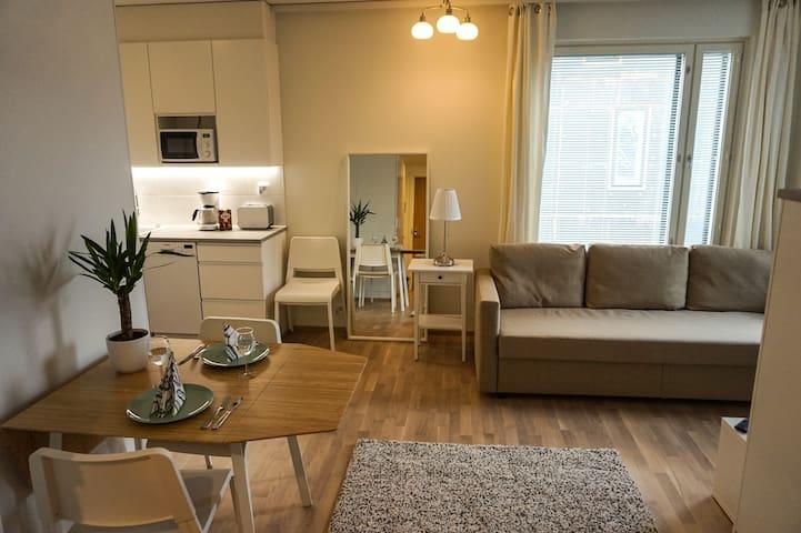 Local Nordic Apartments - Woodpecker