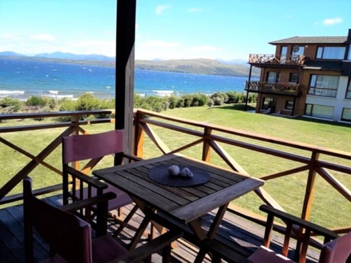 Excelente departamento frente al Lago Nahuel Huapi