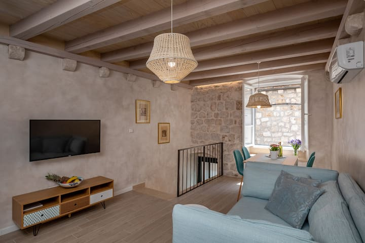 Charming apartment in the heart of the Old town