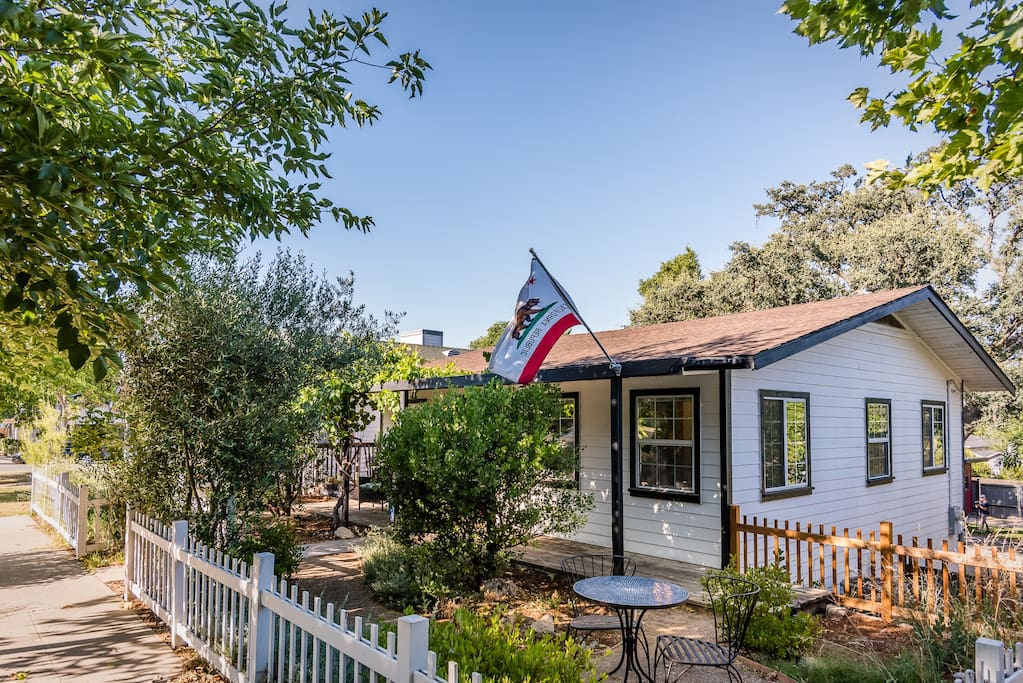 This hundred-year-old home is located on a charming downtown Paso Robles block.