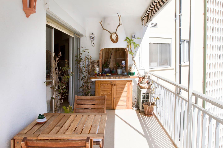 agradable terraza para desayunar