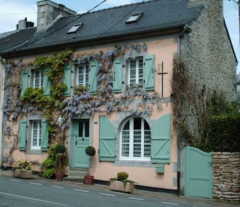 Les Glycines B&B - The Twin Room - Huelgoat
