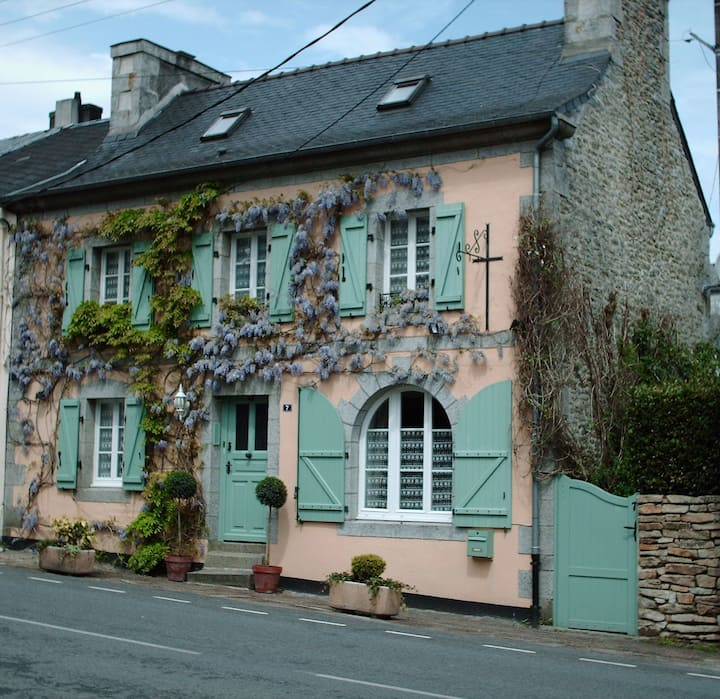 Les Glycines B&B - The Twin Room