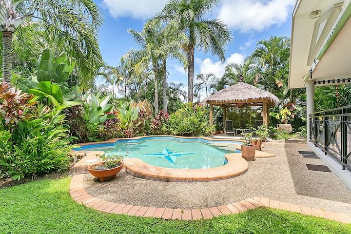 Lush tropical and private