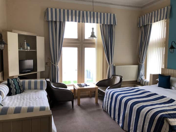 Ensuite Double Room Sea View - New Staincliffe