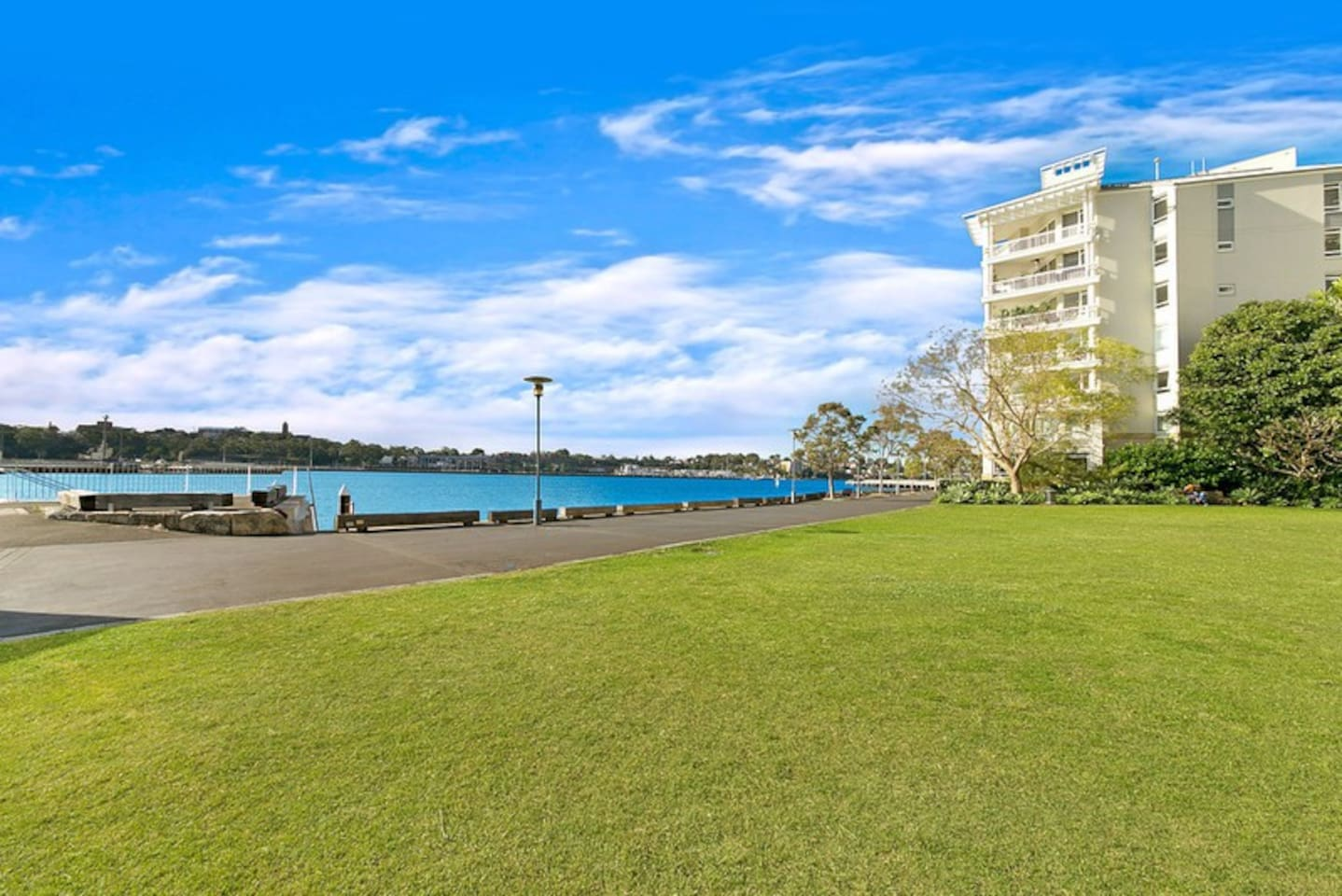 Enjoy yourself the water view and the tranquillity of this place. Still in the busy Sydney but quiet and peaceful area not far from all amenities.