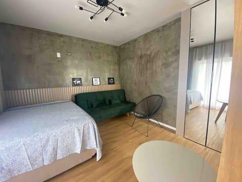 Loft novo, prático, lindo e excelente localização