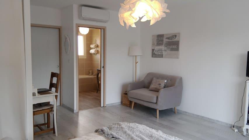 Chambre famille avec espace enfants séparé - Saint-Cyprien - Bed & Breakfast