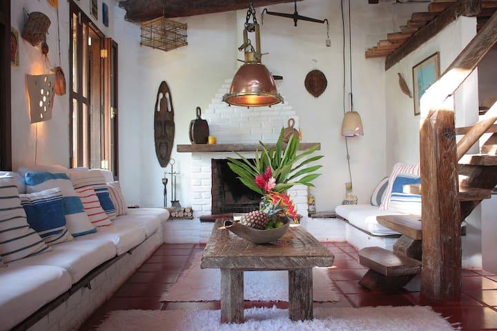 Casa Gaiolas, another idea of Brazil