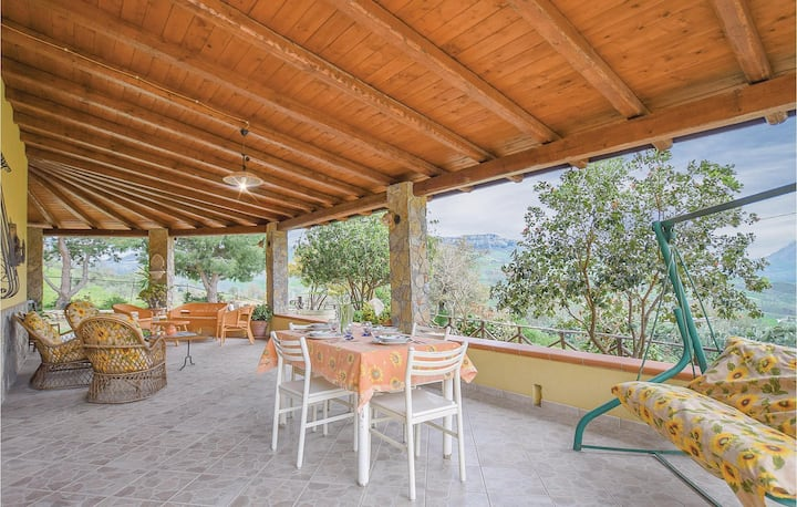 Holiday cottage with 3 bedrooms on 100m² in Caccamo -PA-