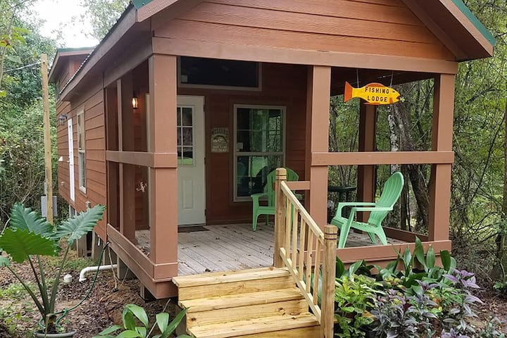 Fishing Lodge @ Outpost 61 -14ac. St. Francisville