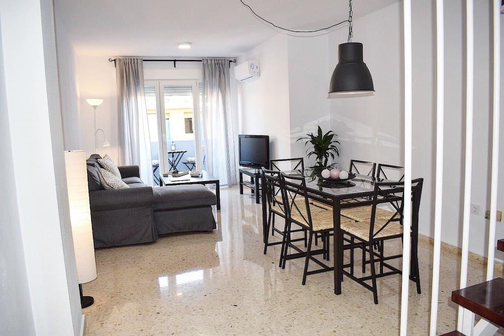 Salón-comedor / Livingroom
