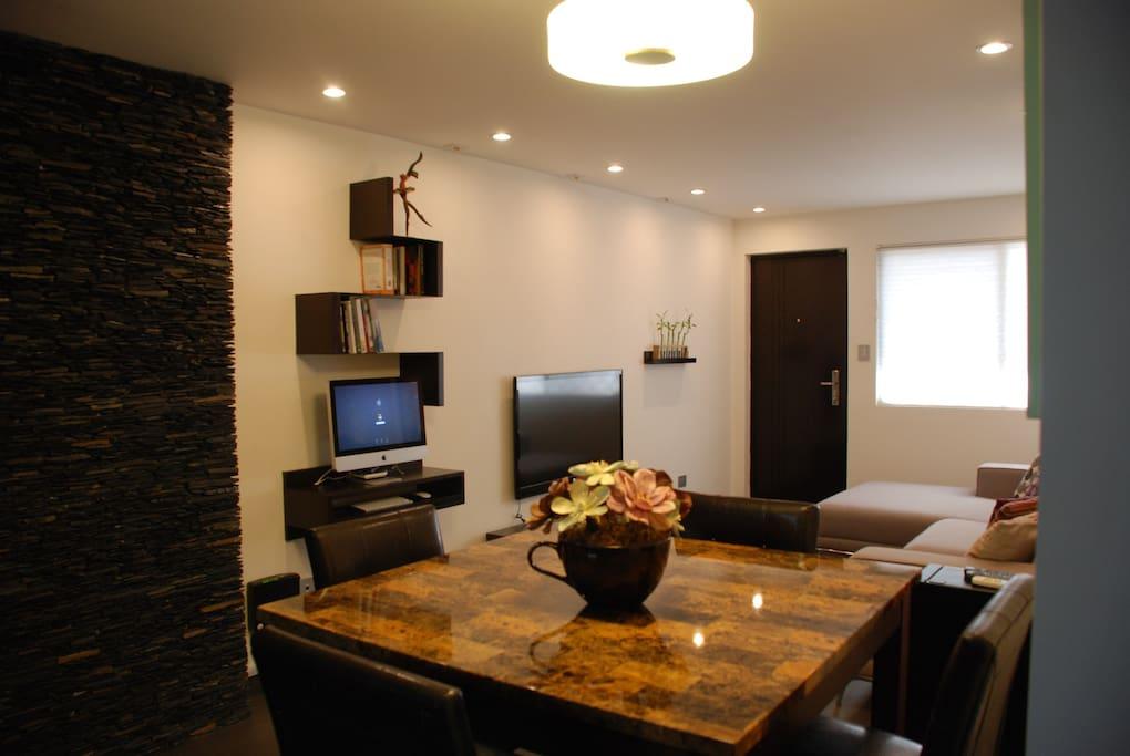Sala con cable, Led TV, bluray, xbox, etc - Living Room with cable, led tv, bluray, xbox, etc