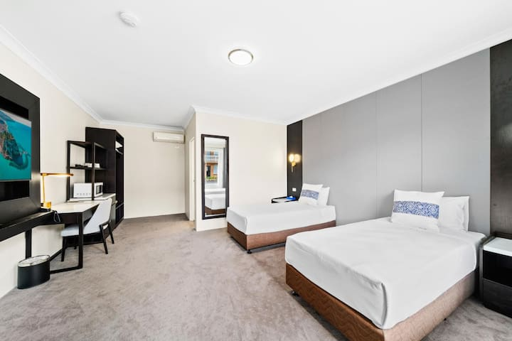 WM Hotel Bankstown - Standard Twin Room