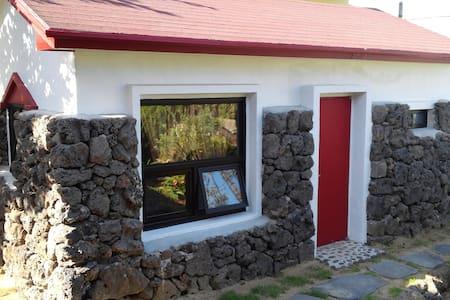 엠마오하우스(작은집) - Aewol-eup, Jeju-si - Cabane