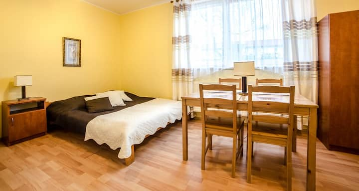 Pokoje gościnne WEST - Pokój 4-os z aneksem nr 1