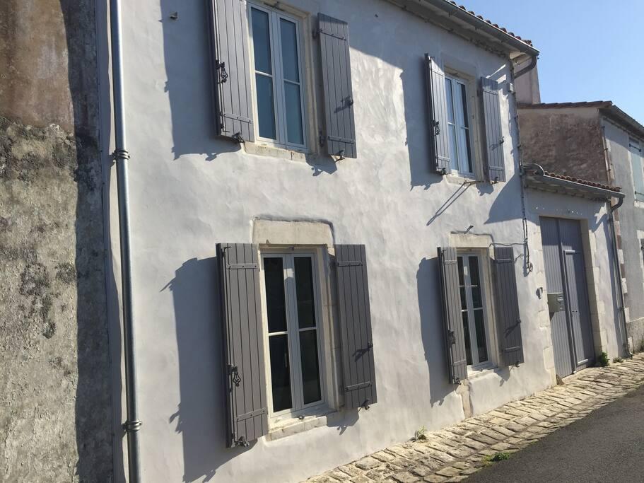 Façade rue de la Clairière