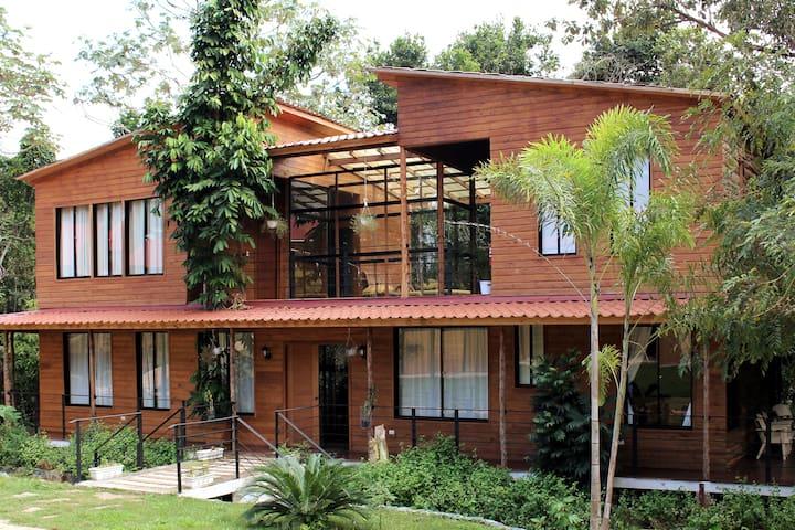 Villa Casa Grande- HELPA