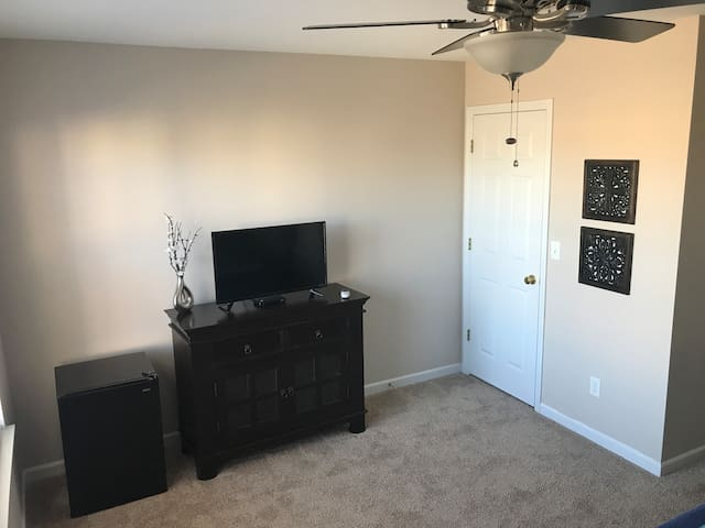 "32"" LED TV, Dish, Fridge (includes freezer), and Big Closet"