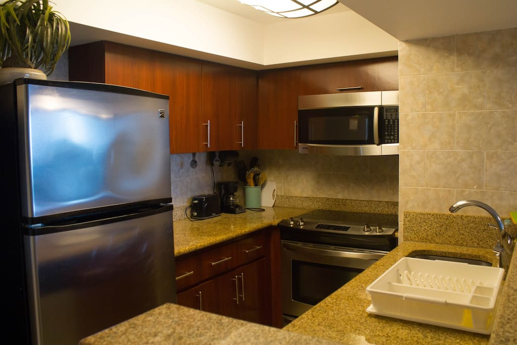 fully equipped kitchen, washer ,dryer, dish washer