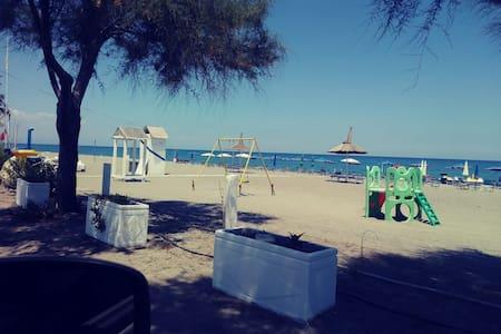 Casa Vacanze in Calabria (CS) Adiacente Mare
