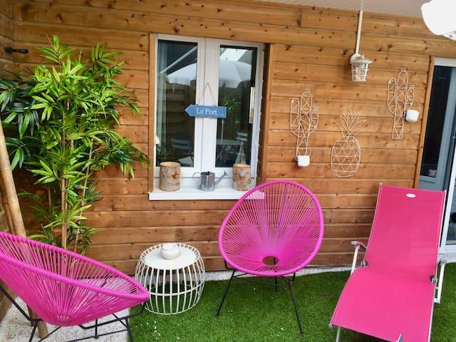 APPART PORT DE VANNES : Jardinet  Barbecue Transat