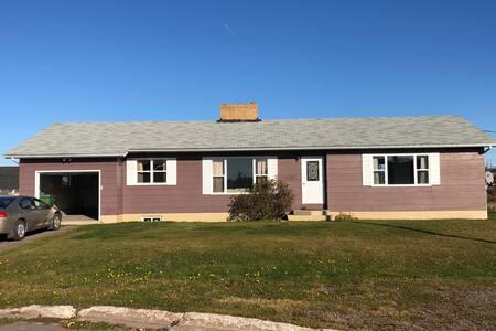 The New Schooner Inn Executive Home
