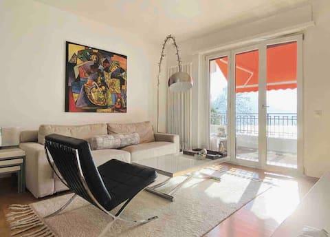 Modern apartment: Sunsets over lake Lugano