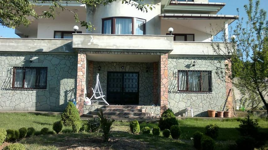VİLLA FOR RENT - Ortahisar - Villa