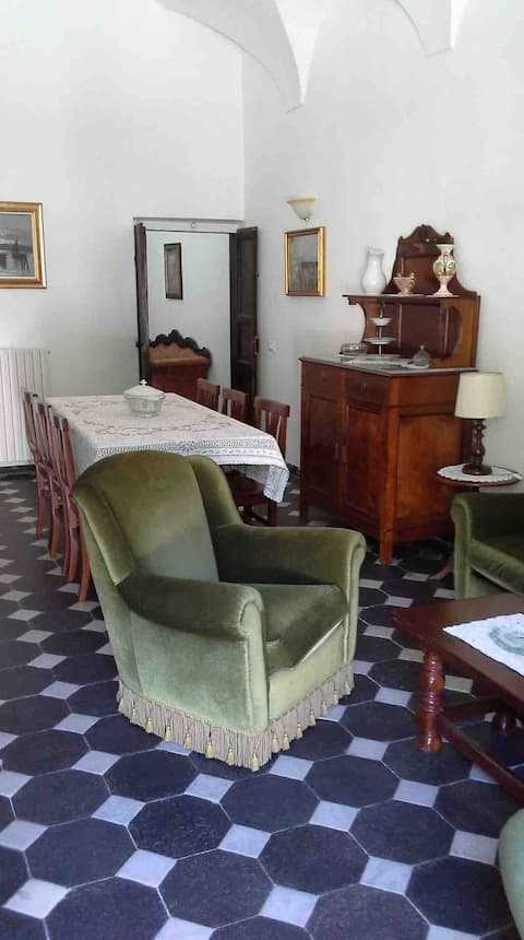 Splendida casa antica a Zuccarello