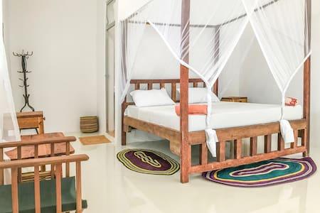 Nungwi Beach Studio E with AC priv bathroom