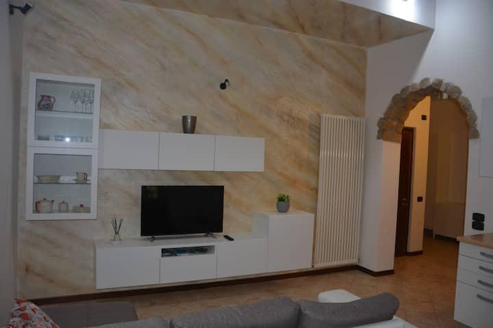 Romantico appartamento in centro (022153AT-331562)